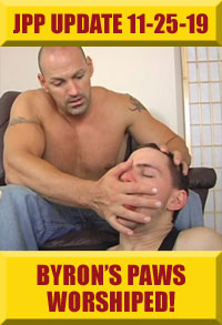 Jock Pits & Paws - Byron's Paws Worshiped!